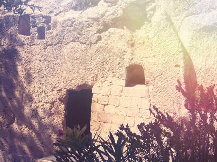 empty tomb1