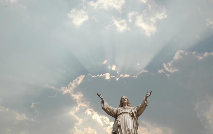 Jesus clouds